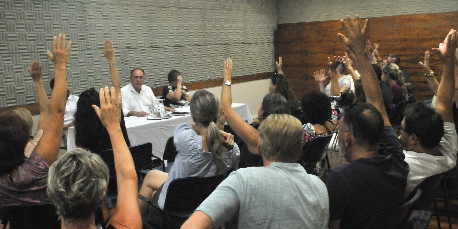 Professores do IPA decidiram por greve geral por falta de pagamento integral das férias