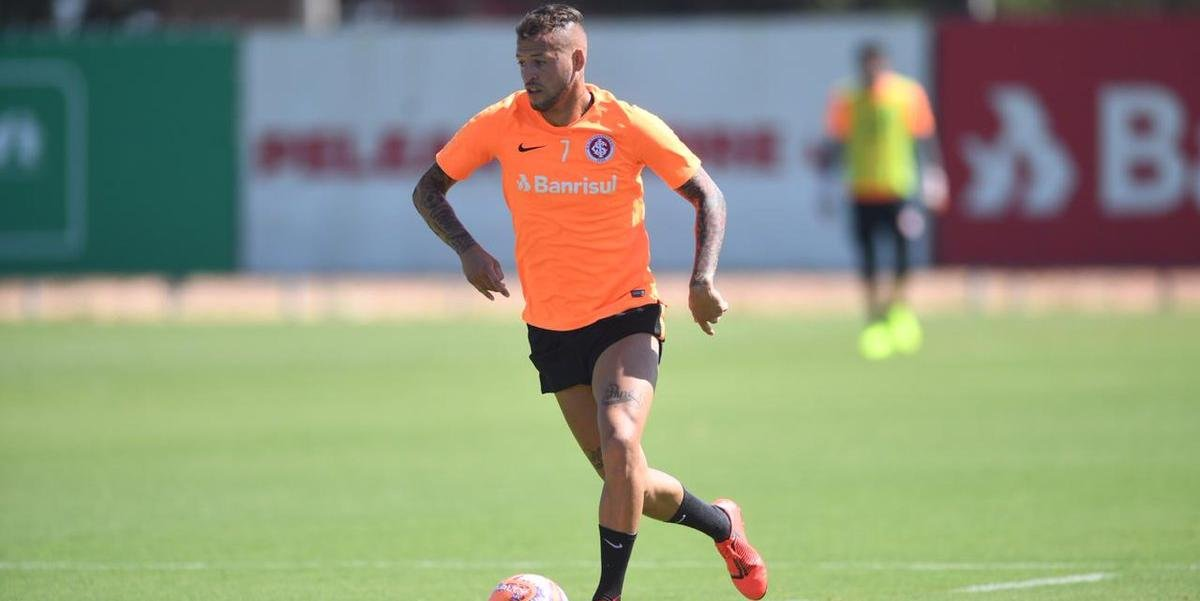 Nico López abriu o placar no jogo-treino contra o Sindicato dos Atletas Profissionais do Rio Grande do Sul, mas deixou o amistoso após receber uma bolada no nariz