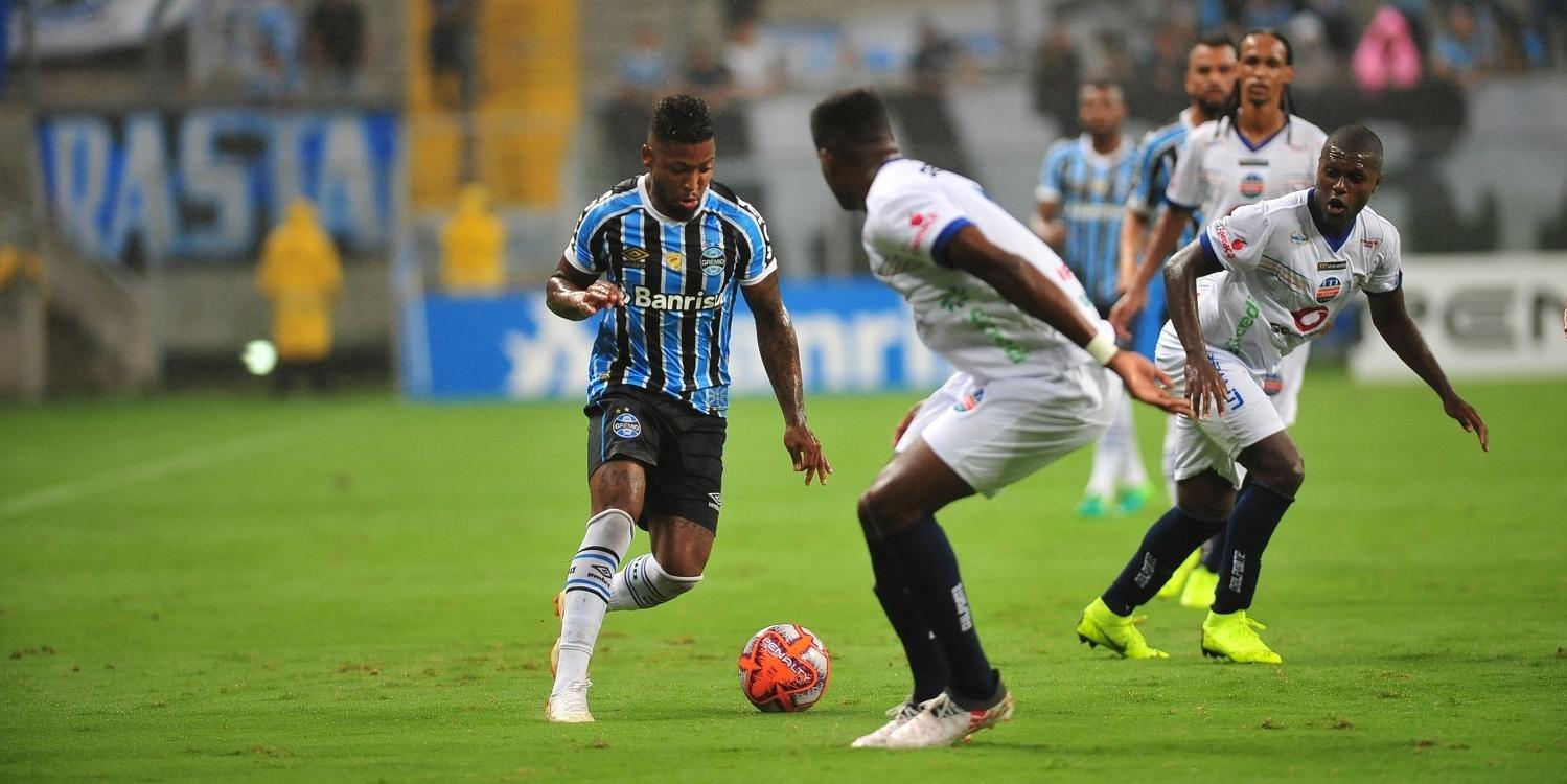 Grêmio venceu o VEC com dois gols de Marinho