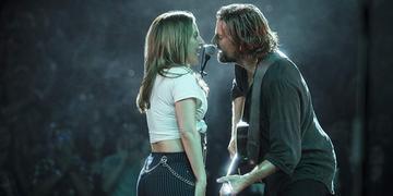 Lady Gaga e Bradley Cooper protagonizam o filme