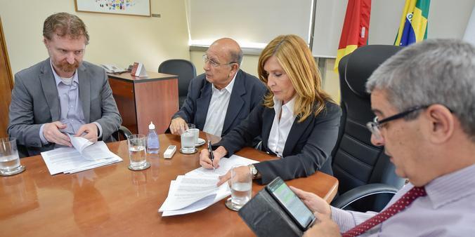 De acordo com a presidente do Legislativo municipal, Mônica Leal (PP), não houve possibilidade de liminar não ser acatada