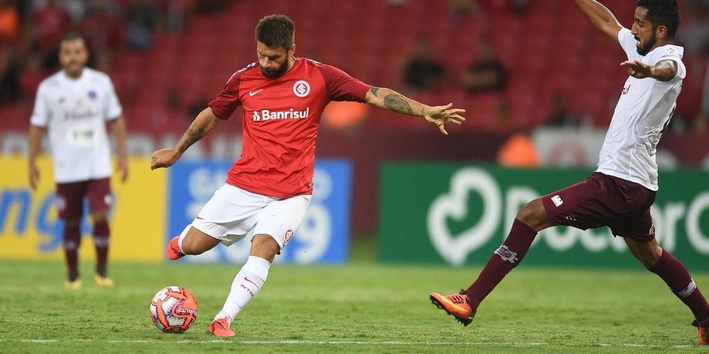 Sobis prega rápida adaptação da equipe do Inter ao futebol praticado na Libertadores