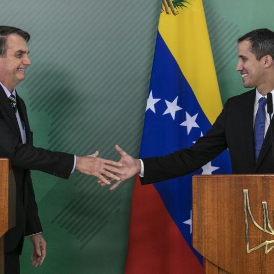 Guaidó concedeu coletiva de imprensa após se reunir com o presidente Jair Bolsonaro