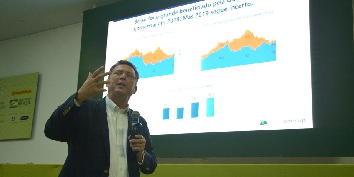 Na palestra, André Pessôa sugeriu que produtor comercialize grão em etapas