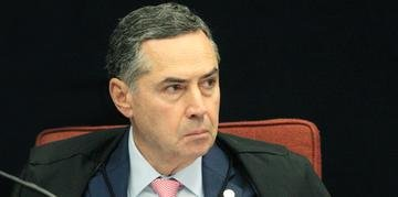 Ministro Roberto Barroso durante sessão da Primeira Turma do STF