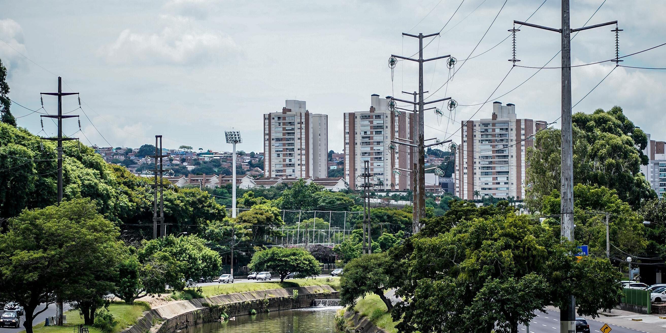 Porto Alegre terá sol entre nuvens neste sábado