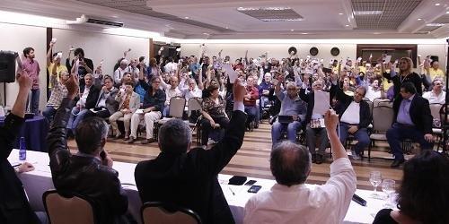 Legenda realizou congresso extraordinário neste sábado em Brasília
