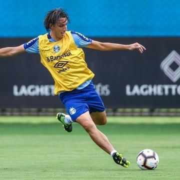 Geromel é dúvida para jogo decisivo do Grêmio na Libertadores
