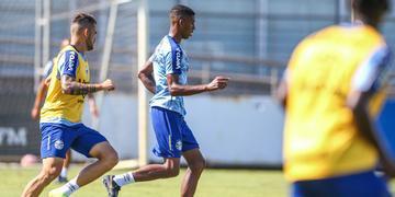 Grêmio treina para encarar o São Luiz pelo Gauchão