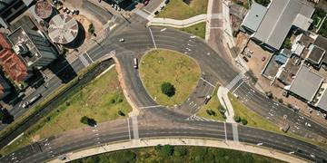 As obras de implantação da nova rótula da avenida Icaraí estão concluídas