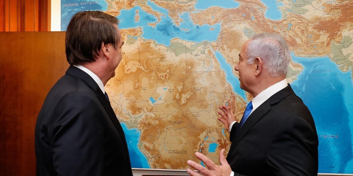 Bolsonaro conversa com o primeiro-ministro de Israel