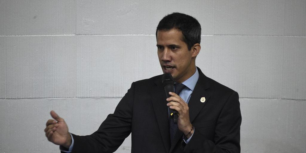 Constituinte da Venezuela decidiu retirar imunidade de Guaidó