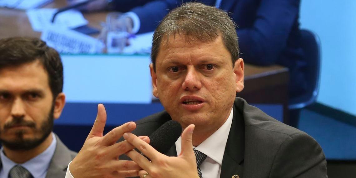 Tarcísio Gomes diz que não há orçamento para investimento em infraestrutura