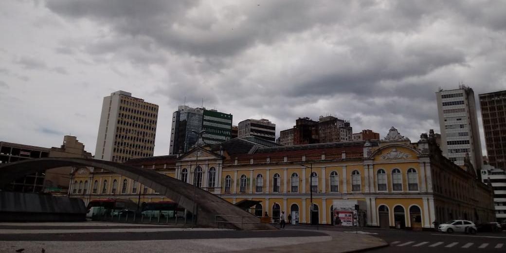 Porto Alegre terá dia dividido entre sol e chuva