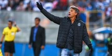 Renato demonstrou preocupação com a falta de reação da equipe no jogo desta quinta