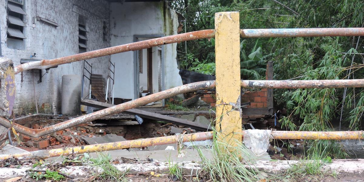 Uma casa no Parque Amador foi levada pelas águas do arroio Esteio, na cidade de mesmo nome