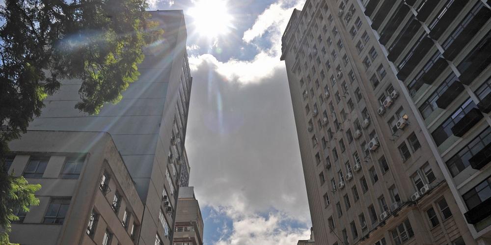 Porto Alegre terá sol e nuvens nesta quarta