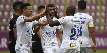 Cruzeiro segue com 100% de aproveitamento na Libertadores