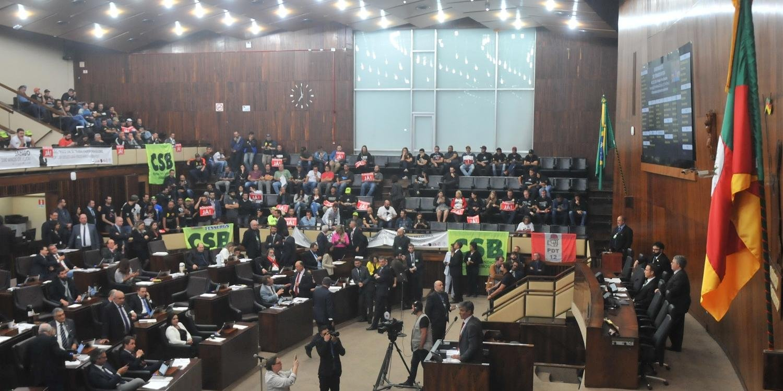 PEC 272/19 foi aprovada em primeiro turno, nesta terça-feira
