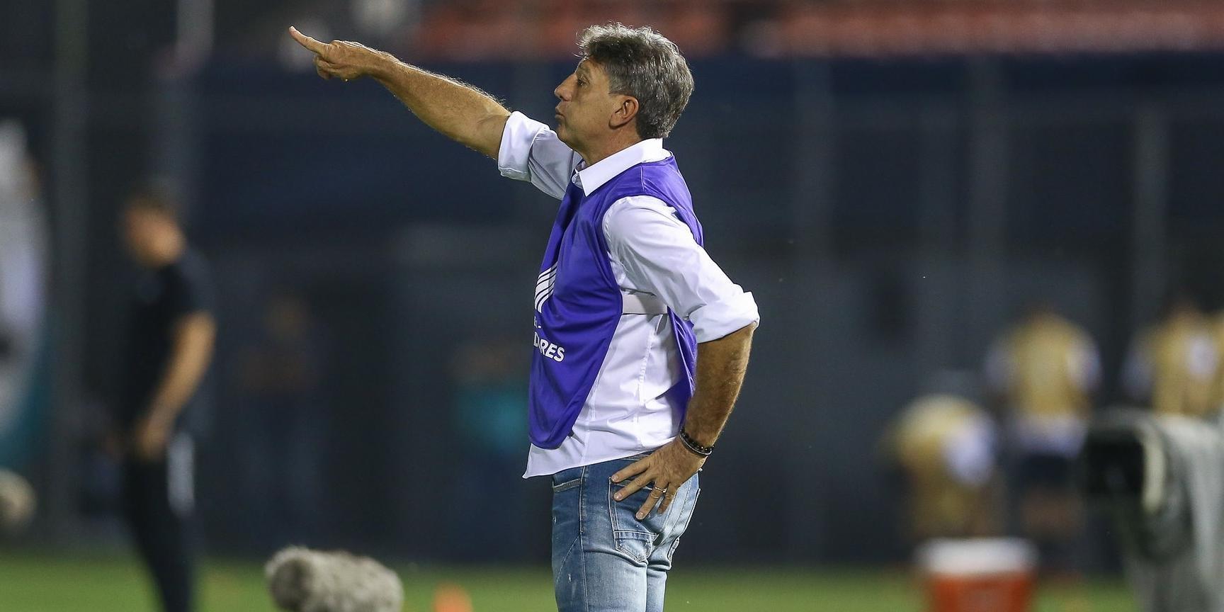 Treinador destacou golaços de Everton que definiram partida