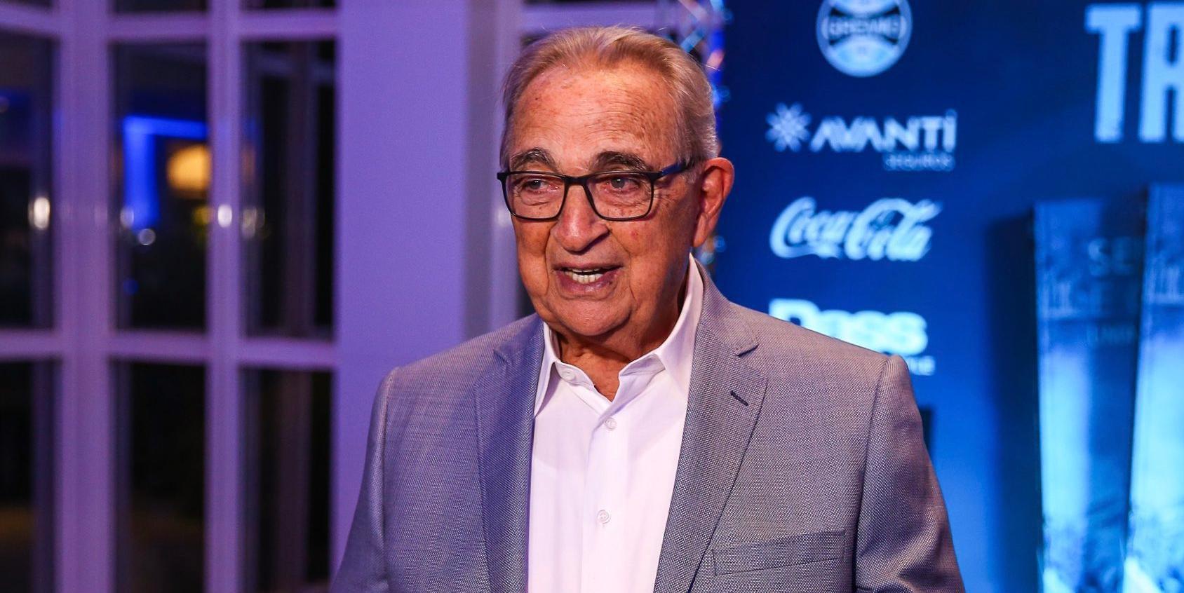 Funcionário trabalhou por 54 anos no Grêmio