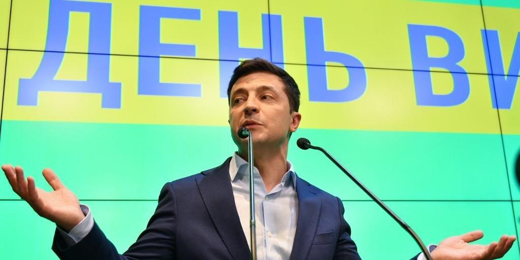 Futuro presidente ucraniano anunciou medida em resposta à intenção de Putin