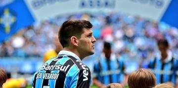 Kannemann pode deixar o Grêmio no meio do ano