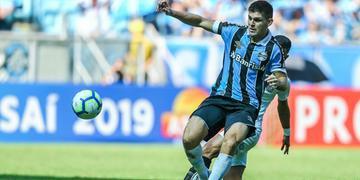 Kannemann lamentou que erros do Grêmio tenham custado derrota
