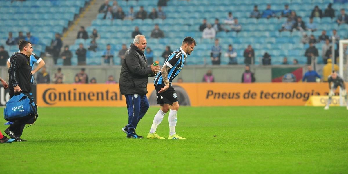 Atacante deixou campo no fim da partida contra o Bahia