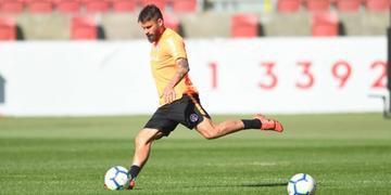Rafael Sobis deve ser o titular do Inter no comando do ataque