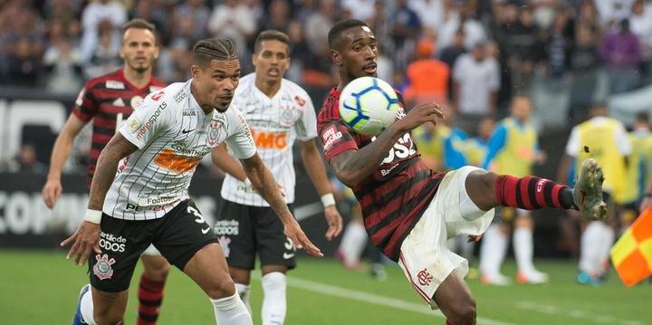 Corinthians E Flamengo Empatam Jogo Em Que Var Chamou Atenção