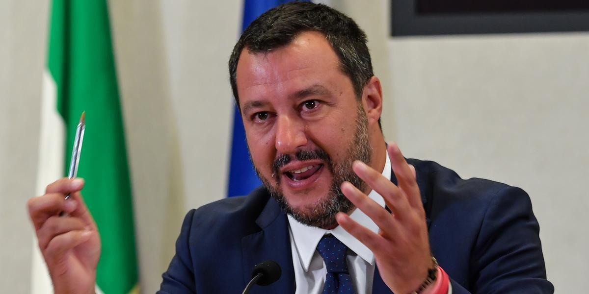 Salvini praticamente lançou sua campanha eleitoral durante um comício