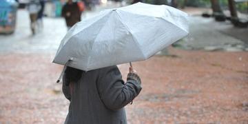 Frente fria traz chuva para a Capital
