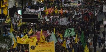 Multidão percorreu ruas centrais da Capital