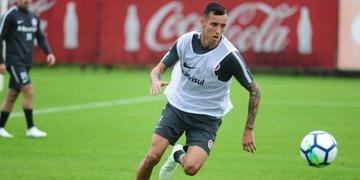 Iago foi negociado pelo Inter para o Augsburg, da Alemanha