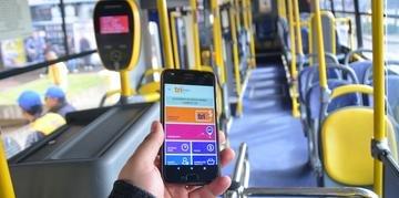Usuários dos ônibus de Porto Alegre poderão monitorar o trajeto das linhas em tempo real através do telefone celular
