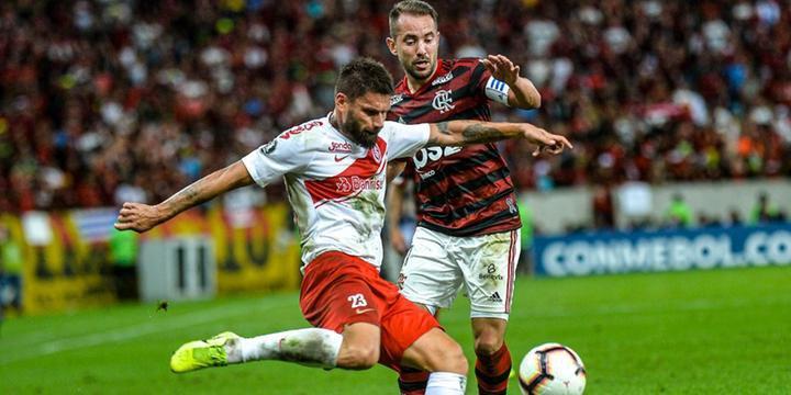 Inter Perde Para O Flamengo Por 2 A 0 E Se Complica Na
