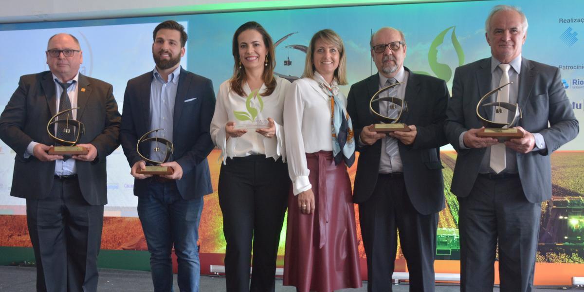 Ilsa Brasil, AgroBella, Cooperativa Languiru, Afubra e Avelã Public Affairs foram agraciadas na premiação