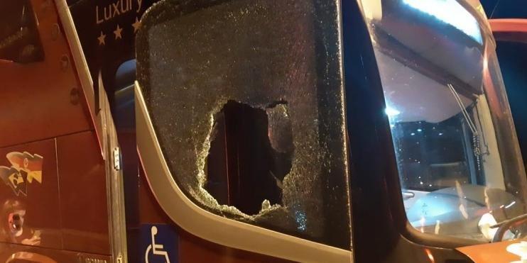 Dois coletivos foram atacados por bandidos armados