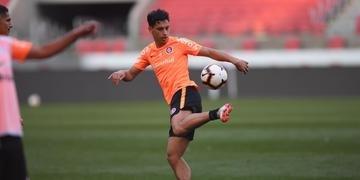 Sarrafiore deve ser titular contra o Botafogo, no sábado, pelo Brasileirão