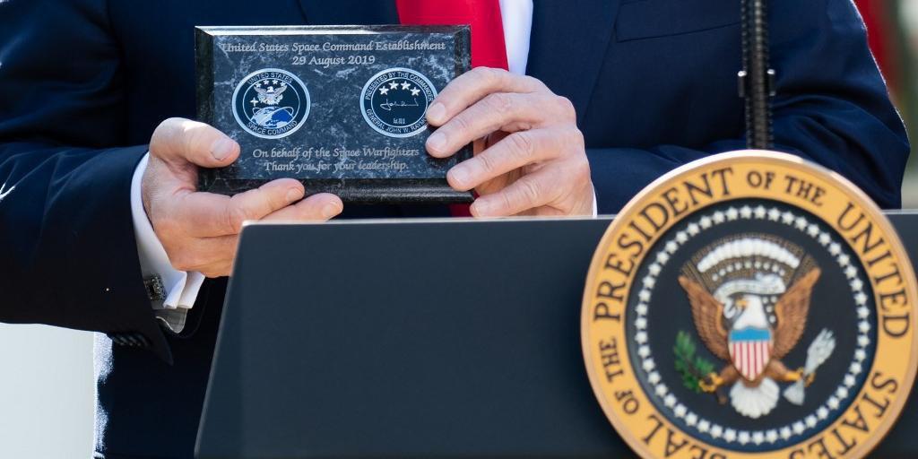 Segundo Donald Trump, Spacecom vai garantir que