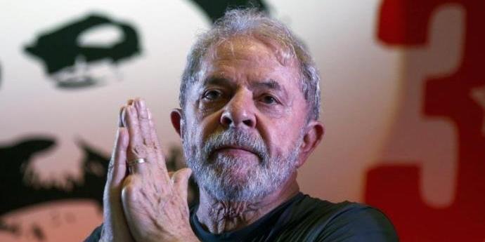 Ex-presidente cumpre pena de oito anos, 10 meses e 20 dias