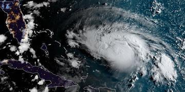 Tempestade pode atingir vários pontos da costa norte-americana até o Golfo do México