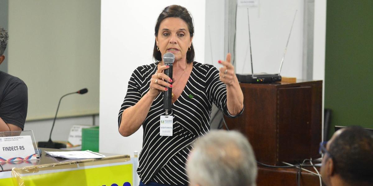 Encontro discutiu possibilidade de privatização dos Correios nesta segunda-feira