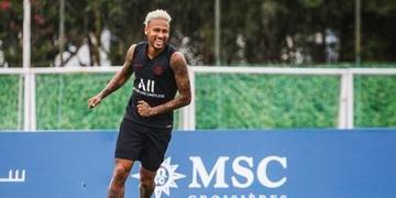 Primeira partida de Neymar será neste sábado contra Strasbourg, no estádio Parque dos Príncipes, em Paris