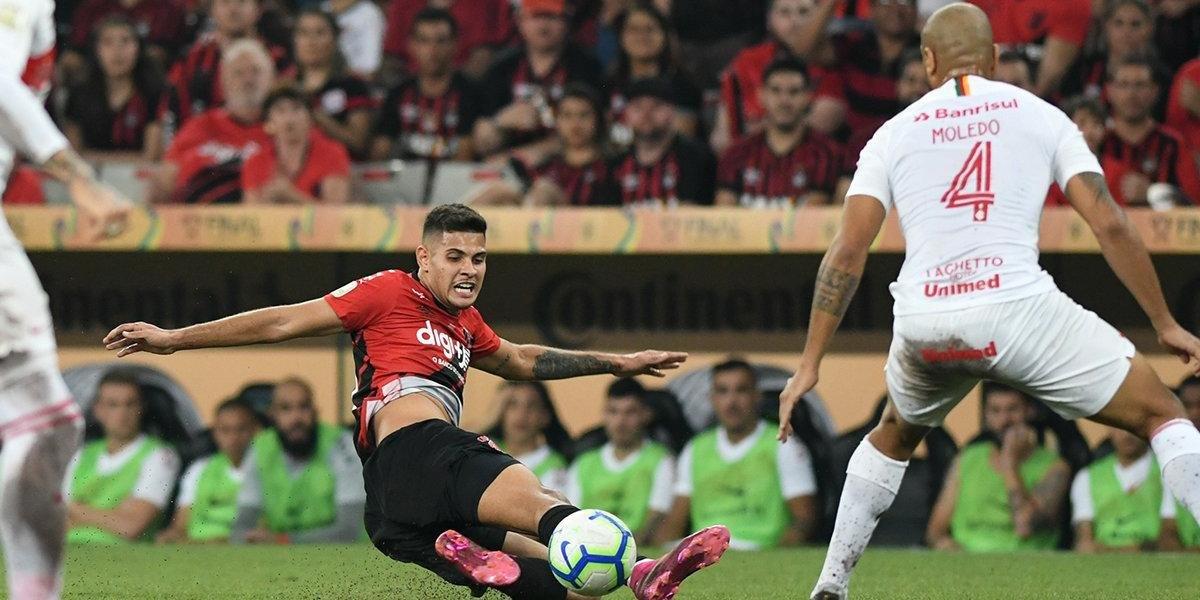 Inter foi derrotado por 1 a 0 na Arena da Baixada e precisará reverter desvantagem no Beira Rio