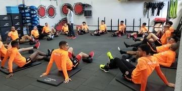 Titulares do Inter realizaram trabalho na academia e depois corridas pelos gramados do CT