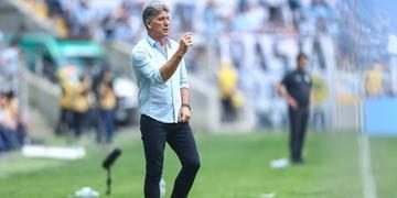 Técnico Renato voltou a elogiar o grupo e disse que ninguém é titular absoluto no Grêmio