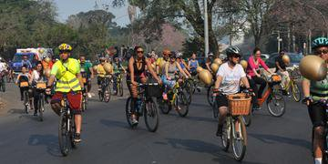 Grupo saiu do parque Redenção e percorreu as principais ruas do Centro da cidade