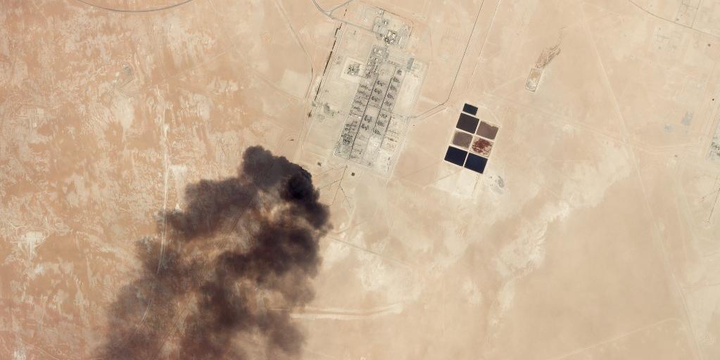 Imagem de satélite mostra danos causados por ataque na Arábia Saudita